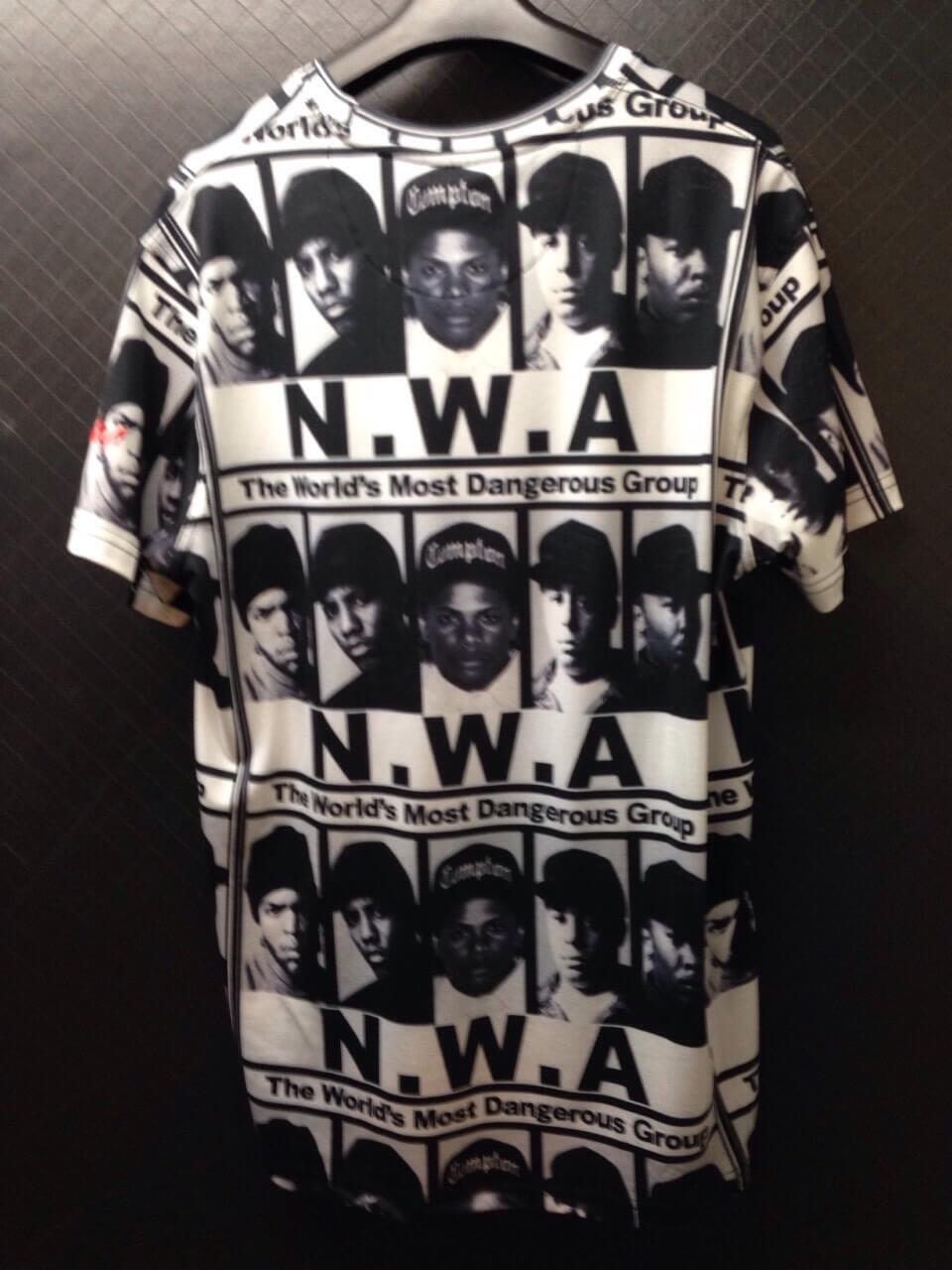 smw_t-shirts-bw01
