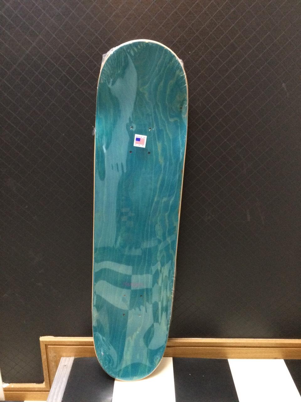 mishka_skateboard02