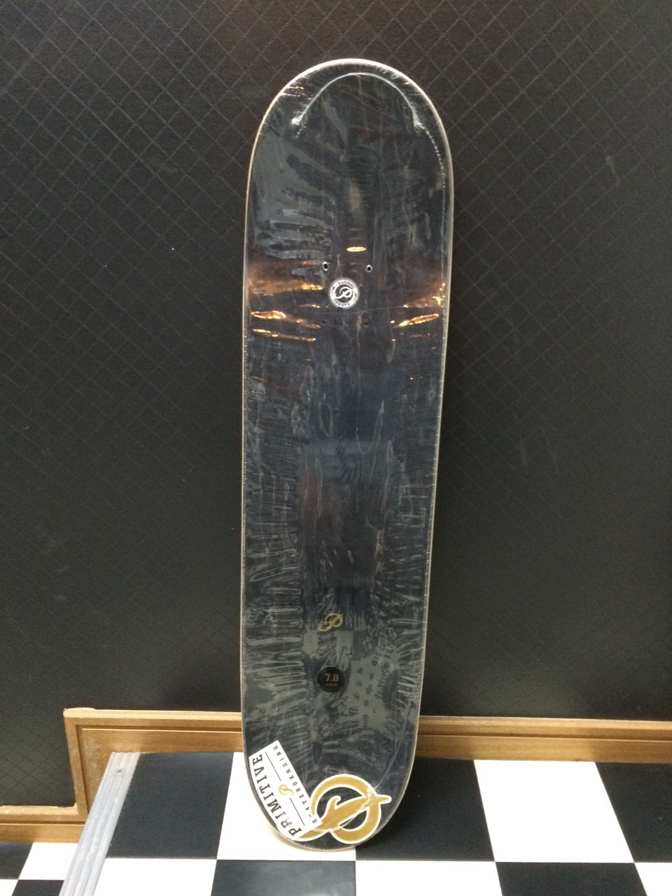 primitive_skateboard04